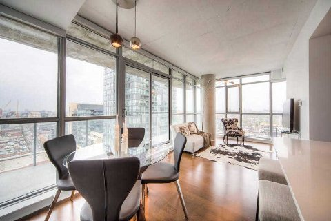 Photo 5: 375 King St W Unit #2109 in Toronto: Waterfront Communities C1 Condo for sale (Toronto C01)  : MLS® # C2915836