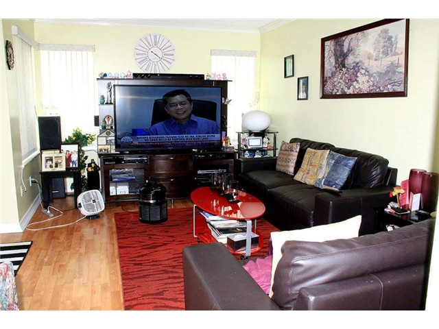 Photo 5: # 40 9328 128TH ST in Surrey: Queen Mary Park Surrey Condo for sale : MLS® # F1439740