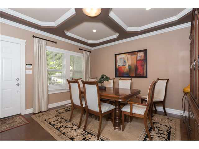 Photo 2: 13 3495 147A Avenue: White Rock Townhouse for sale (South Surrey White Rock)