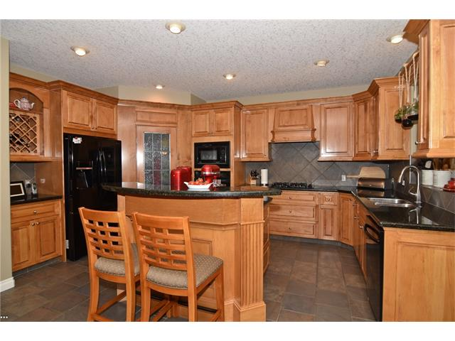 Photo 8: 315 ROYAL CO NW in Calgary: Royal Oak House for sale : MLS® # C4091132