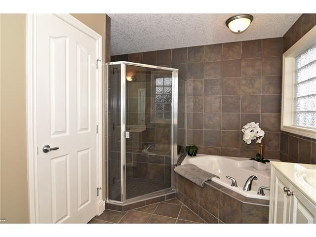 Photo 25: 315 ROYAL CO NW in Calgary: Royal Oak House for sale : MLS® # C4091132