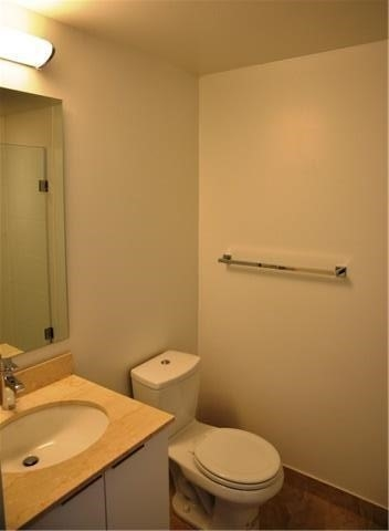 Photo 15: 14 York St Unit #4003 in Toronto: Waterfront Communities C1 Condo for sale (Toronto C01)  : MLS(r) # C3706392