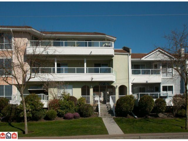 "Main Photo: # 7 15875 MARINE DR: White Rock Townhouse for sale in ""SOUTHPORT"" (South Surrey White Rock)  : MLS® # F1208530"