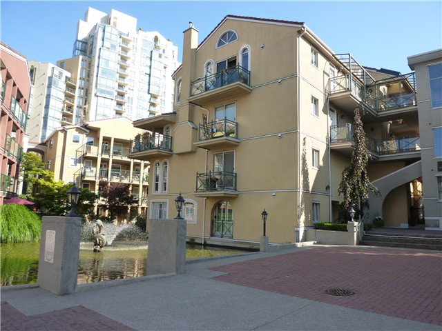 "Main Photo: 204 3 RENAISSANCE Square in New Westminster: Quay Condo for sale in ""LIDO 3"" : MLS(r) # V967068"