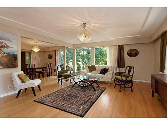 Main Photo: 1520 TAYLOR Way in West Vancouver: British Properties House for sale : MLS(r) # V987656