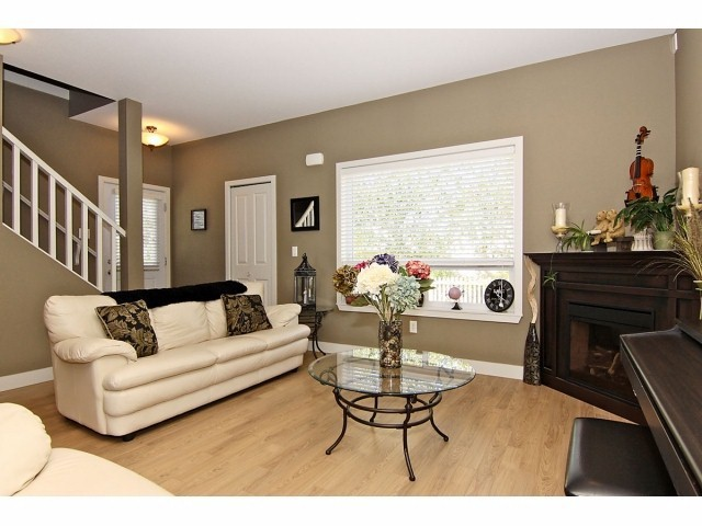 Photo 3: # 5 31235 UPPER MACLURE RD in Abbotsford: Abbotsford West Townhouse for sale : MLS® # F1400111