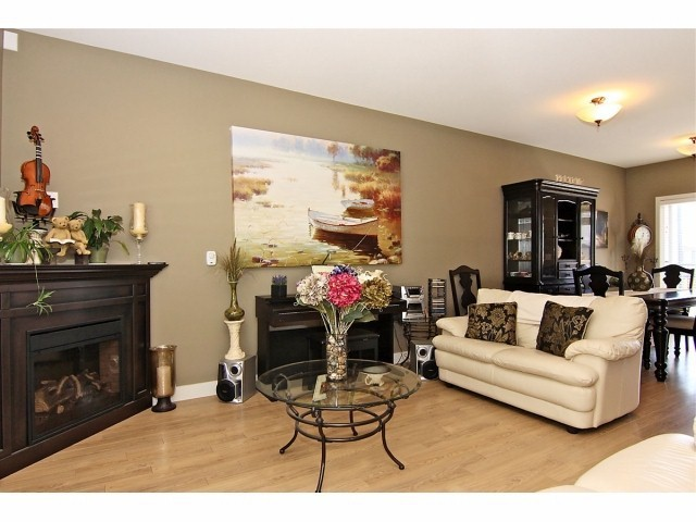 Photo 4: # 5 31235 UPPER MACLURE RD in Abbotsford: Abbotsford West Townhouse for sale : MLS® # F1400111