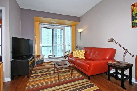 Photo 2: 628 Fleet St Unit #1602 in Toronto: Niagara Condo for sale (Toronto C01)  : MLS(r) # C2825789