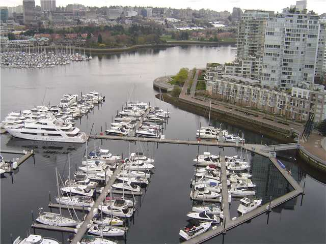 Main Photo: # 2603 1067 MARINASIDE CR in Vancouver: Yaletown Condo for sale (Vancouver West)  : MLS®# V1047214
