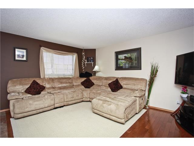 Photo 5: 169 CORAL SPRINGS ME NE in Calgary: Coral Springs House for sale : MLS(r) # C4062559