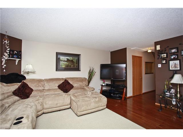 Photo 6: 169 CORAL SPRINGS ME NE in Calgary: Coral Springs House for sale : MLS(r) # C4062559