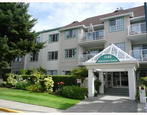 Main Photo: 209 1140 55 STREET in Delta: Tsawwassen Central Condo for sale (Tsawwassen)  : MLS® # R2149066