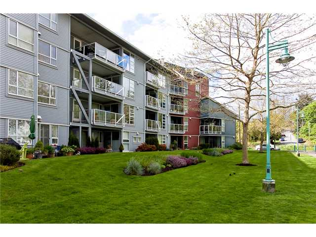 "Main Photo: 411 1880 KENT AVE SOUTH Avenue in Vancouver: Fraserview VE Condo for sale in ""PILOT HOUSE"" (Vancouver East)  : MLS® # V949212"