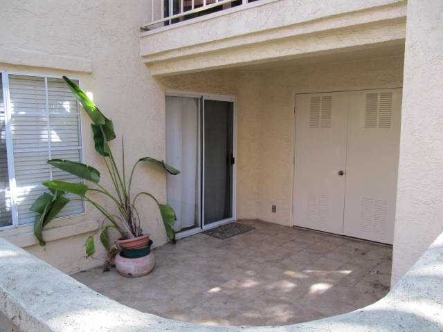 Photo 6: MIRA MESA Condo for sale : 2 bedrooms : 7335 Calle Cristobal #153 in San Diego