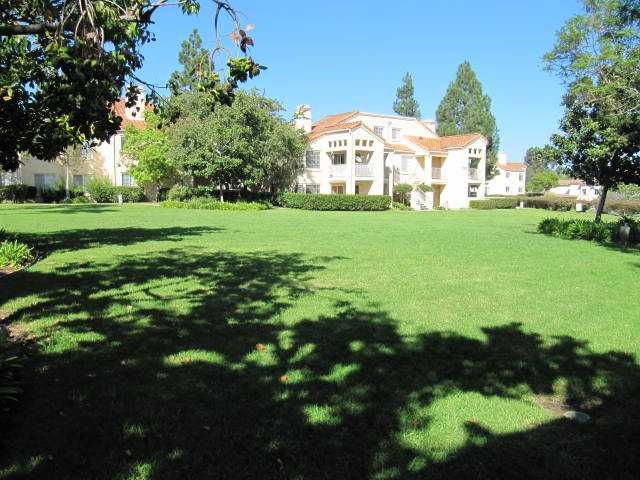 Photo 7: MIRA MESA Condo for sale : 2 bedrooms : 7335 Calle Cristobal #153 in San Diego
