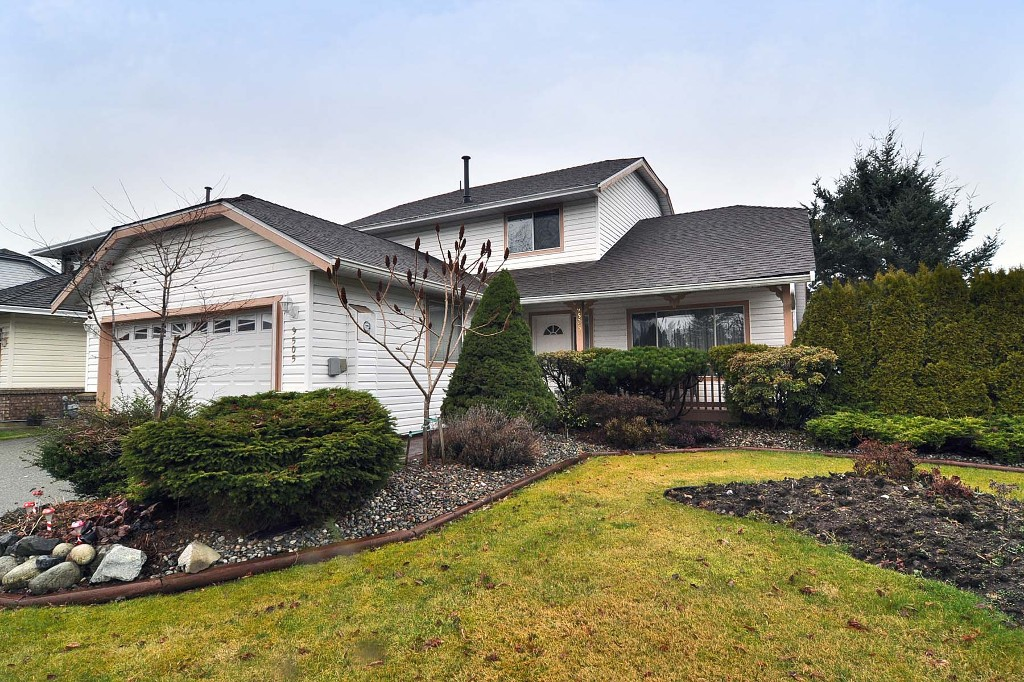 Main Photo: 9505 161ST Street in SURREY: Fleetwood Tynehead House for sale (Surrey)  : MLS® # F1304285