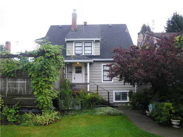 Photo 10: 818 5TH Street in New Westminster: GlenBrooke North House for sale : MLS® # V1003886