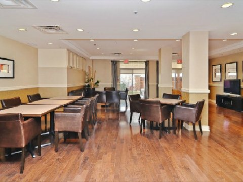Photo 9: 06 60 W St Clair Avenue in Toronto: Yonge-St. Clair Condo for sale (Toronto C02)  : MLS(r) # C2633478
