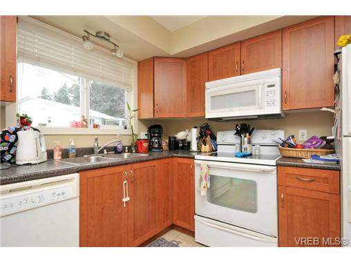 Photo 17: 7681 Wallace Drive in SAANICHTON: CS Saanichton Residential for sale (Central Saanich)  : MLS® # 334704