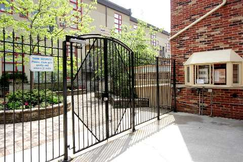 Photo 3: 21 Earl St Unit #102 in Toronto: North St. James Town Condo for sale (Toronto C08)  : MLS(r) # C2924291
