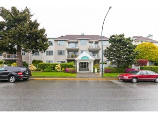 Main Photo: # 201 1140 55TH ST in Tsawwassen: Tsawwassen Central Condo for sale : MLS®# V1118885