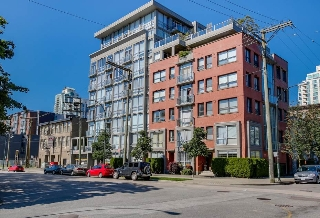 Main Photo: 208 919 STATION STREET in Vancouver: Mount Pleasant VE Condo for sale (Vancouver East)  : MLS(r) # R2087057