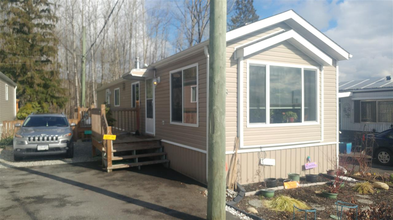 Main Photo: 8 9970 WILSON STREET in Mission: Mission BC Manufactured Home for sale : MLS(r) # R2141478