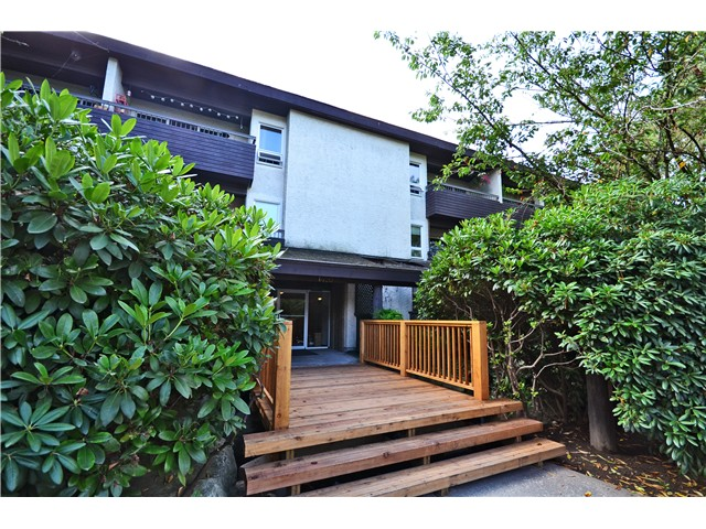 "Main Photo: 205 1420 E 8TH Avenue in Vancouver: Grandview VE Condo for sale in ""Willowbridge"" (Vancouver East)  : MLS® # V1026698"
