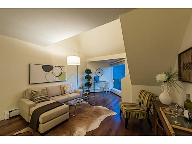 Main Photo: 9 870 W 7th Avenue in : Fairview VW Condo for sale (Vancouver West)  : MLS® # V1127873