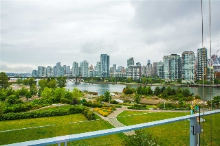 Main Photo: 606 1616 COLUMBIA STREET in Vancouver: False Creek Condo for sale (Vancouver West)  : MLS(r) # R2085306