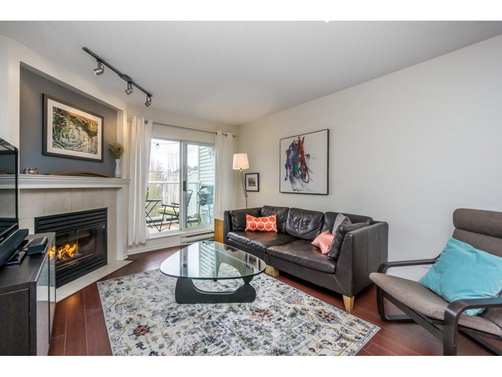 Main Photo: 403 789 W 16TH AVENUE in Vancouver: Fairview VW Condo for sale (Vancouver West)  : MLS® # R2142393