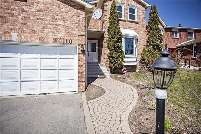 Main Photo: 10 Atkinson Crt in Ajax: Freehold for sale : MLS® # E3771116
