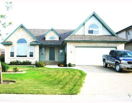 Main Photo: 26 FALCON RIDGE: Residential for sale (Linden Ridge)  : MLS® # 2716659