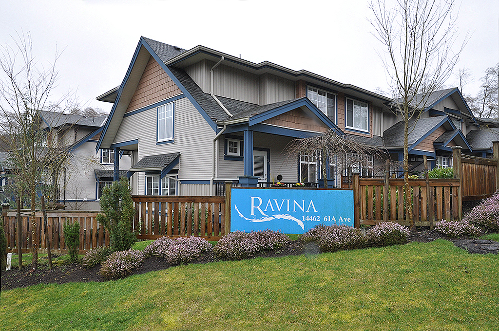 "Main Photo: 24 14462 61A Avenue in Surrey: Sullivan Station Townhouse for sale in ""RAVINA"" : MLS® # F1305936"
