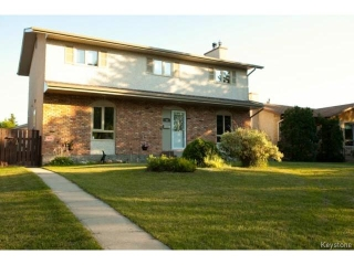 Main Photo: 46 Dells Crescent in WINNIPEG: St Vital Residential for sale (South East Winnipeg)  : MLS® # 1318266