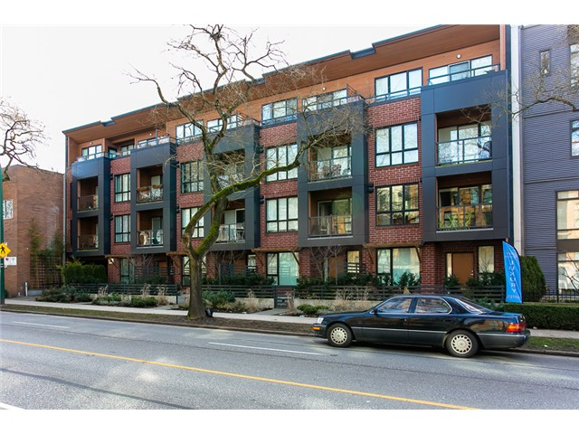 Photo 7: # 106 2020 W 12TH AV in Vancouver: Kitsilano Condo for sale (Vancouver West)  : MLS(r) # V1049052