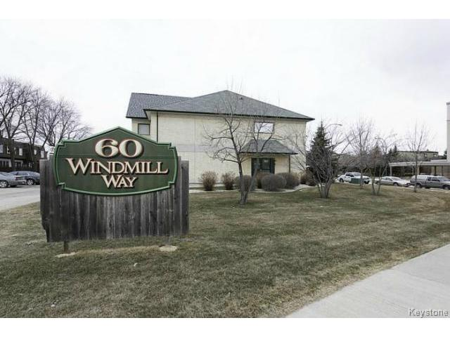 Main Photo: 104 60 Windmill Way in Winnipeg: Condominium for sale : MLS®# 1307477
