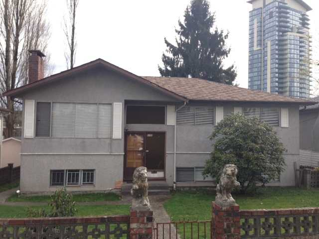 Main Photo: 5790 Broadway in Burnaby: Parkcrest House for sale (Burnaby North)  : MLS® # V1057162