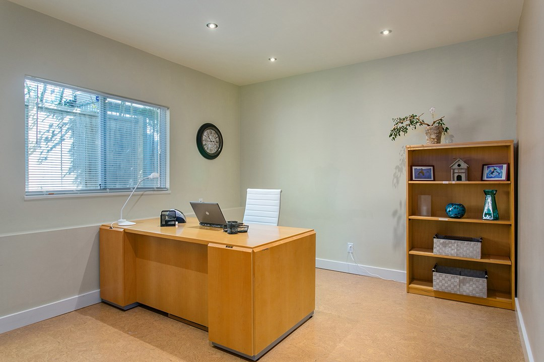 Photo 16: 3383 ROBINSON ROAD in North Vancouver: Lynn Valley House for sale : MLS(r) # R2096046