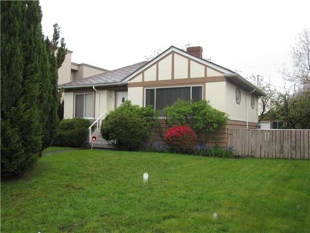 "Main Photo: 2511 W 21ST Avenue in Vancouver: Arbutus House for sale in ""ARBUTUS"" (Vancouver West)  : MLS®# V947534"