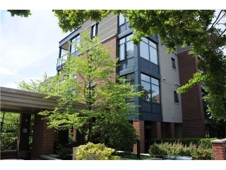 "Main Photo: 407 588 W 45TH Avenue in Vancouver: Oakridge VW Condo for sale in ""THE HEMMINGWAY"" (Vancouver West)  : MLS® # V970203"