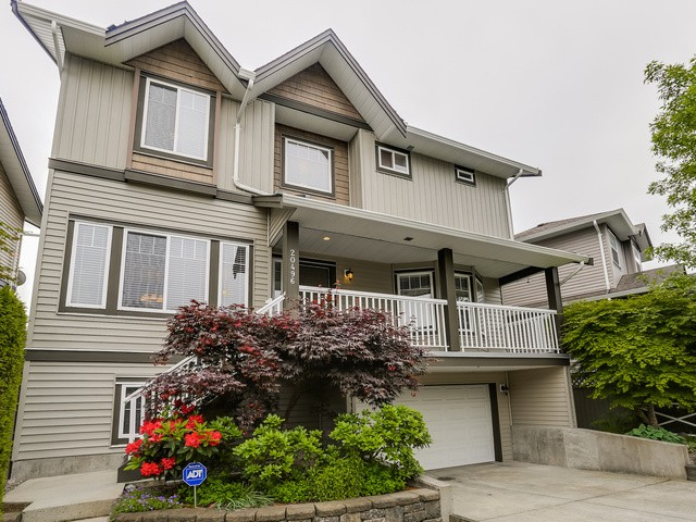Main Photo: 20496 67 AV in Langley: Willoughby Heights House for sale : MLS® # F1442441