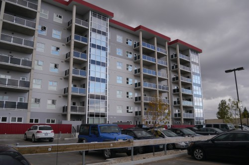 Main Photo: 214 70 Barnes Street in Winnipeg: Fairfield Park Condo for sale (South Winnipeg)  : MLS® # 1527311