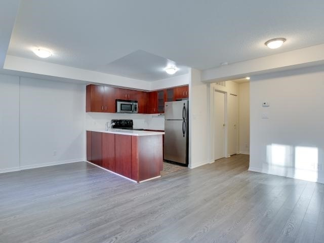Photo 3: 50 East Liberty St Unit #1107 in Toronto: Niagara Condo for sale (Toronto C01)  : MLS(r) # C3697064