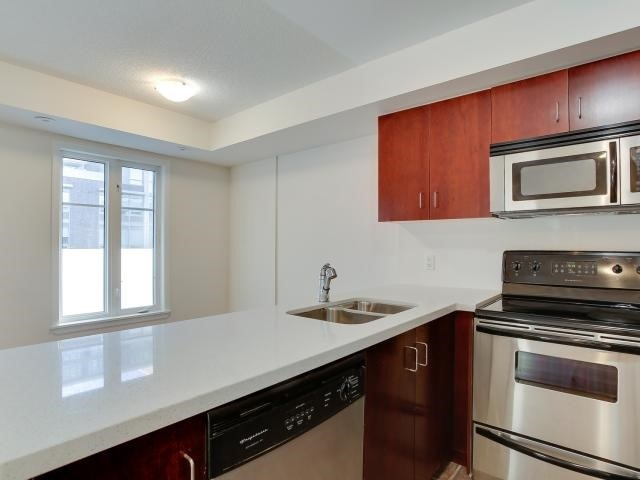 Photo 10: 50 East Liberty St Unit #1107 in Toronto: Niagara Condo for sale (Toronto C01)  : MLS(r) # C3697064