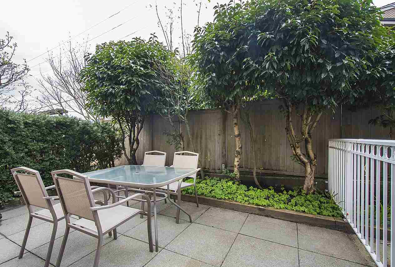 Photo 16: 1328 MAHON AVENUE in North Vancouver: Central Lonsdale Townhouse for sale : MLS® # R2156696