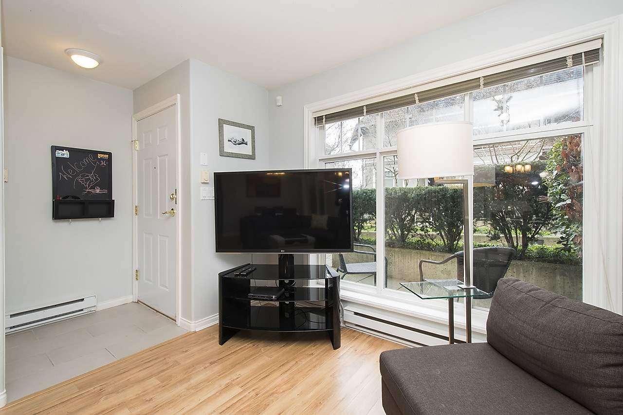 Photo 6: 1328 MAHON AVENUE in North Vancouver: Central Lonsdale Townhouse for sale : MLS® # R2156696