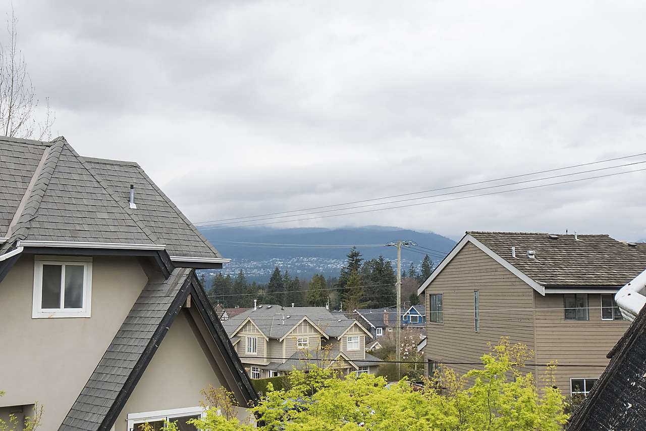 Photo 19: 1328 MAHON AVENUE in North Vancouver: Central Lonsdale Townhouse for sale : MLS® # R2156696