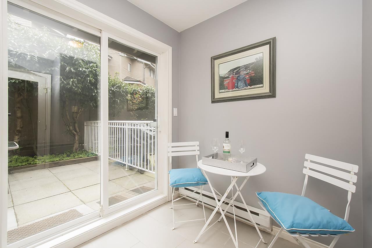Photo 13: 1328 MAHON AVENUE in North Vancouver: Central Lonsdale Townhouse for sale : MLS® # R2156696