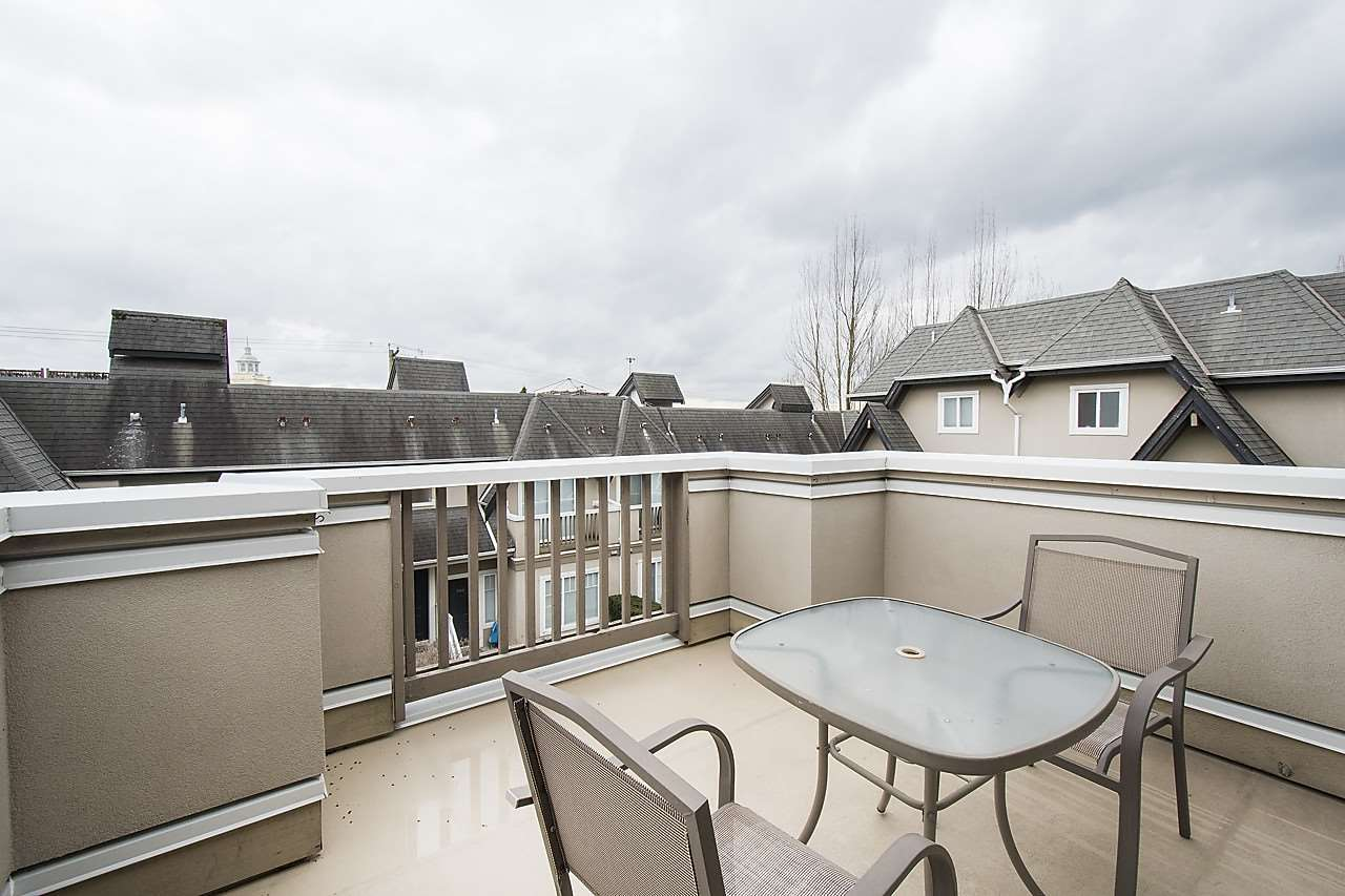 Photo 15: 1328 MAHON AVENUE in North Vancouver: Central Lonsdale Townhouse for sale : MLS® # R2156696